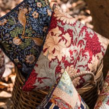 william morris pillows